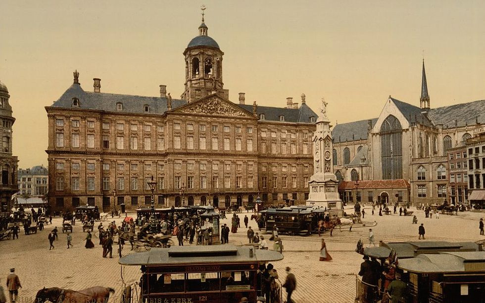 Historic photos of Amsterdam – then and now
