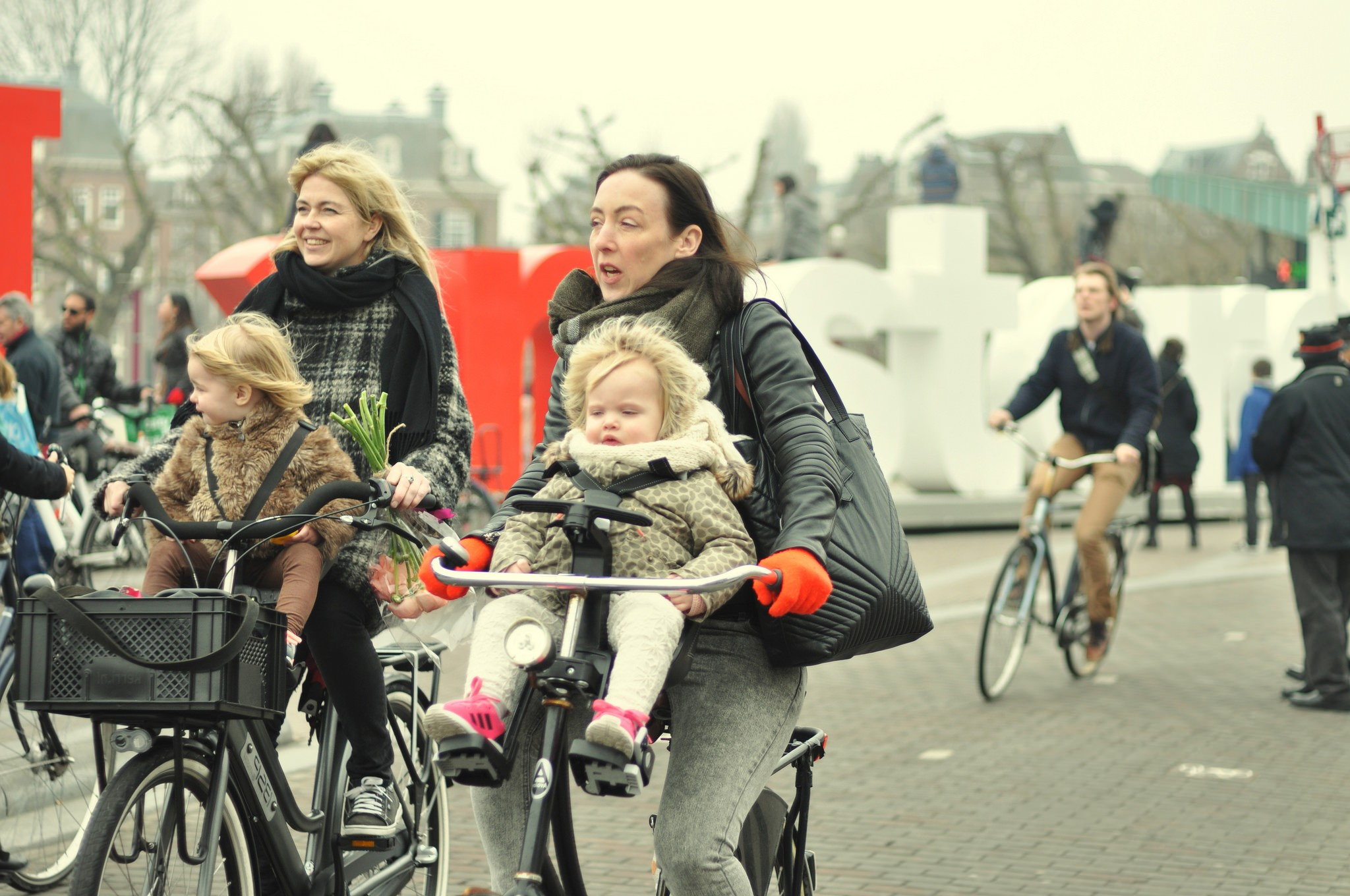 10 examples why Dutch kids love cycling!