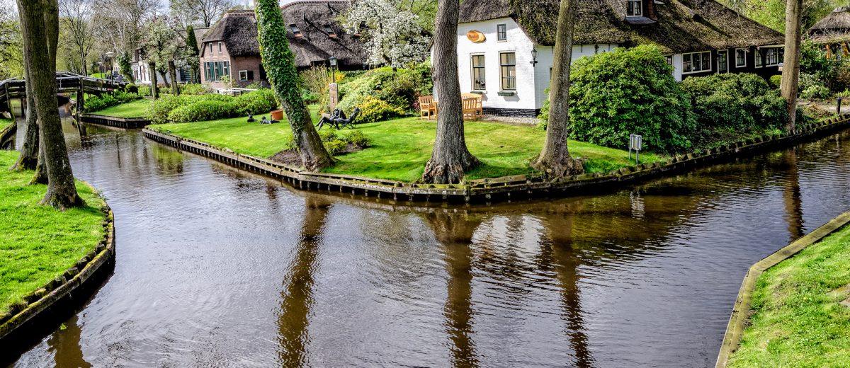 The Magic Of Giethoorn Stuff Dutch People Like